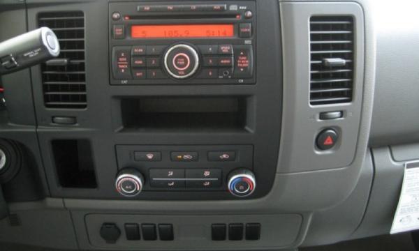 Nissan NV 2500 Tablero 2