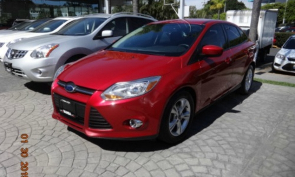 Ford Focus Lateral derecho 7