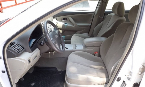 Toyota Camry Lateral derecho 1