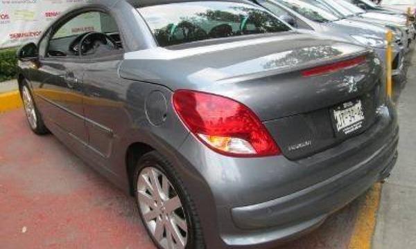 Peugeot 207 Arriba 3