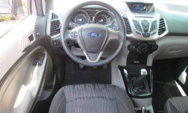 Ford Eco Sport Interior 4