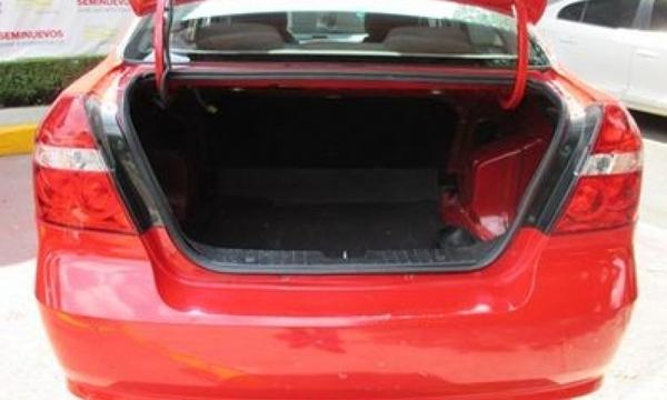 Chevrolet Aveo Interior 5