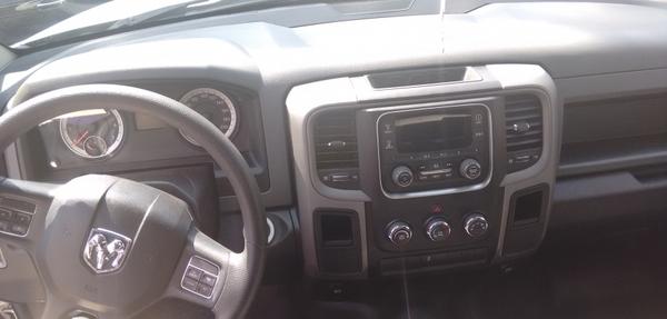 DODGE RAM Interior 3