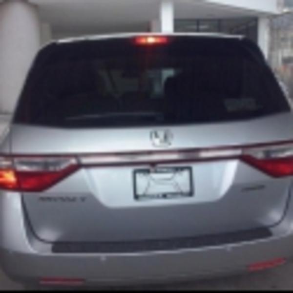 Honda Odyssey Frente 4