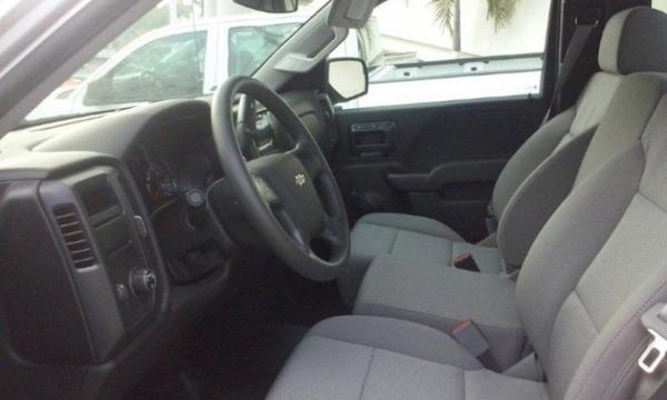 Chevrolet Silverado 2500 Asientos 5
