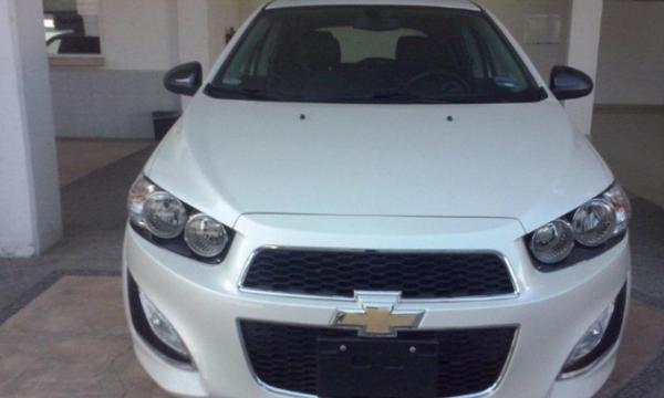 Chevrolet Sonic RS Lateral izquierdo 2