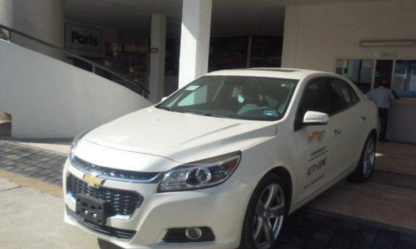 Chevrolet Malibu Asientos 1