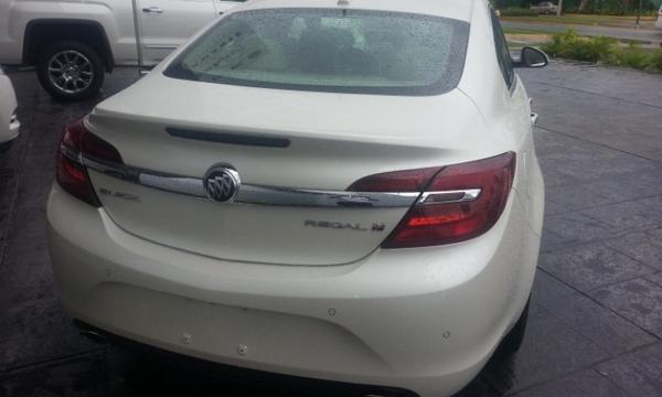 Buick Regal Asientos 3