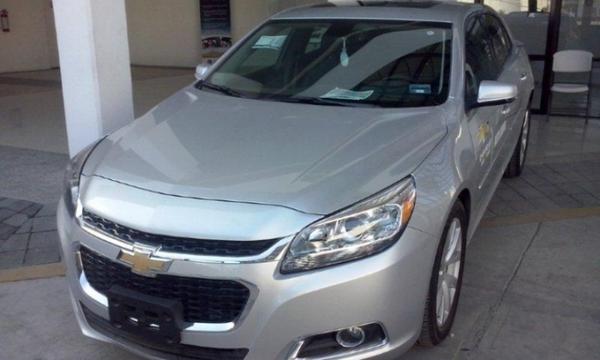 Chevrolet Aveo Frente 4