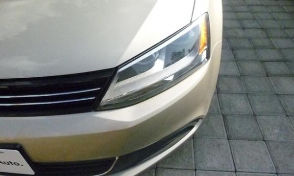Volkswagen Jetta Frente 3