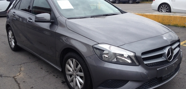 Mercedes Benz Clase A Lateral izquierdo 7