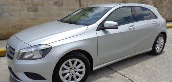 Mercedes Benz Clase A Tablero 19