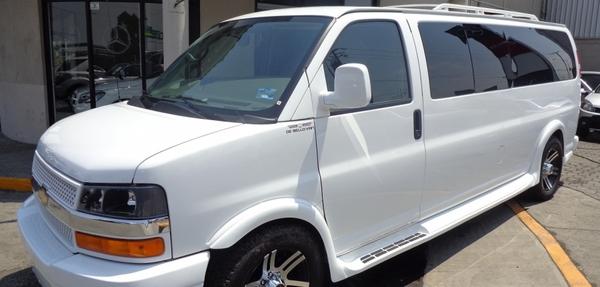 Chevrolet Express Arriba 12