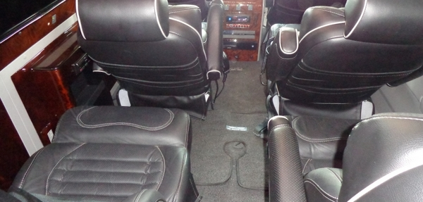 Chevrolet Express Interior 6
