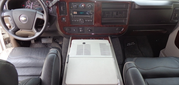 Chevrolet Express Lateral izquierdo 3