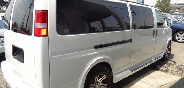 Chevrolet Express Llantas 1