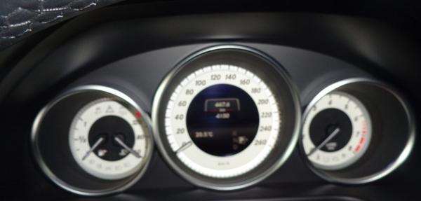 Mercedes Benz Clase E Atrás 7