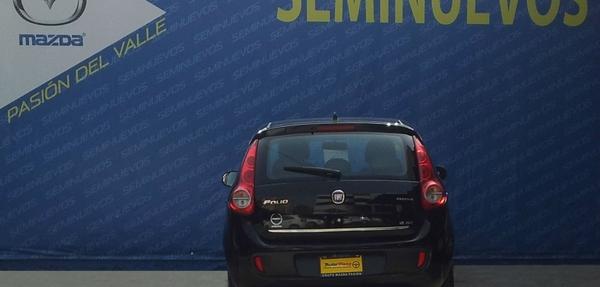 Fiat Palio Atrás 6