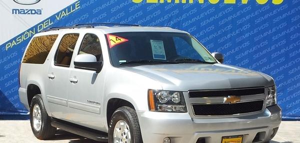Chevrolet Suburban Lateral izquierdo 6