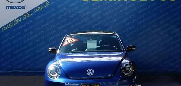 Volkswagen Beetle Turbo DSG 2013