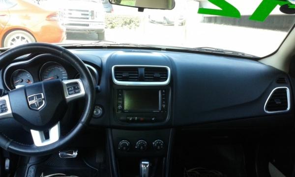 Dodge Avenger Interior 2