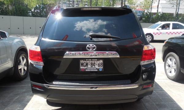Toyota Highlander Lateral derecho 11