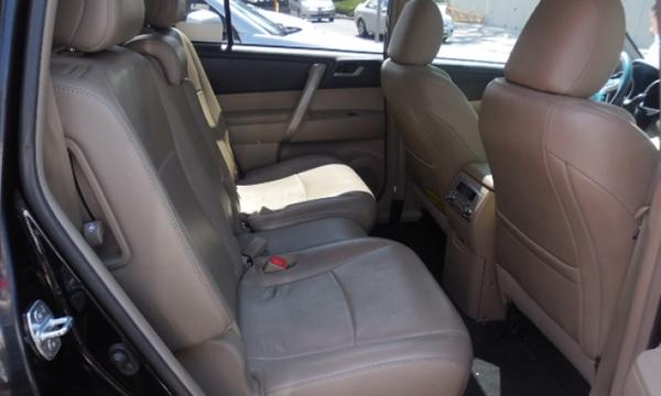 Toyota Highlander Lateral izquierdo 7