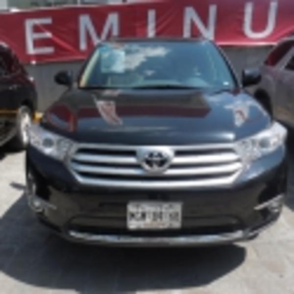 Toyota Highlander SPORT-PREMIUM 2011