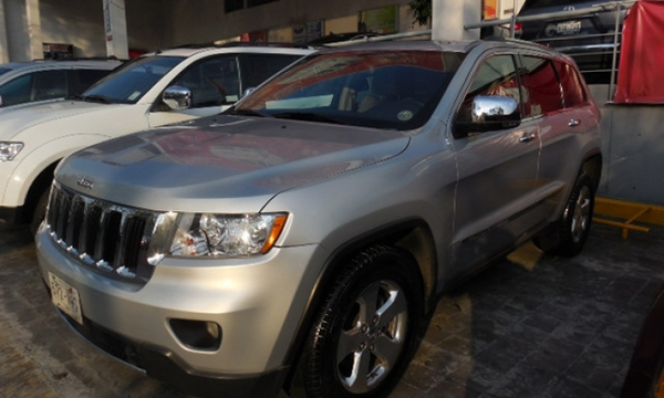 Jeep Grand Cherokee LIMITED-PREMIUM 4X2 2011