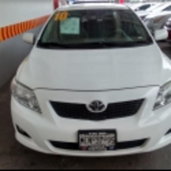 Toyota Corolla XLE 2010