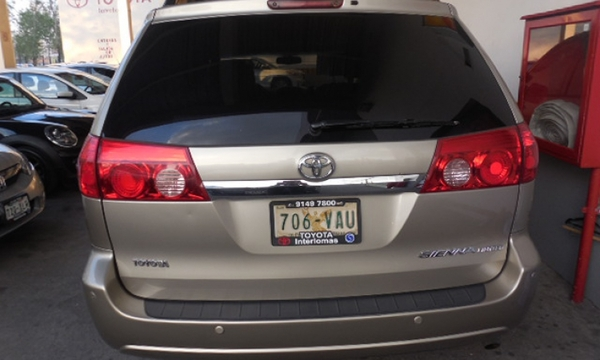 Toyota Sienna Interior 9
