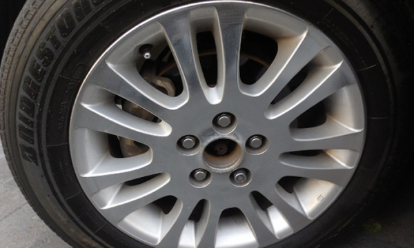 Toyota Sienna Lateral izquierdo 1