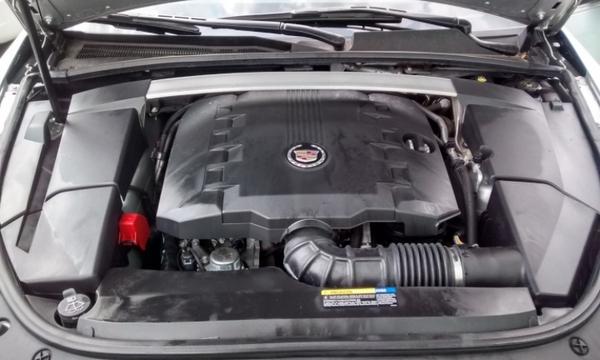 Cadillac CTS Interior 2