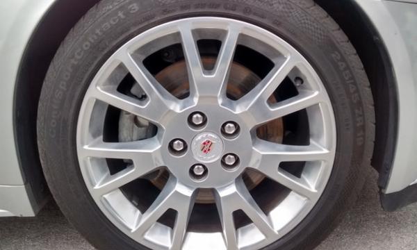 Cadillac CTS Atrás 1