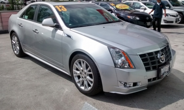 Cadillac CTS Frente 12