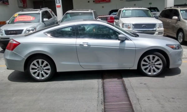 Honda Accord Coupe Frente 13