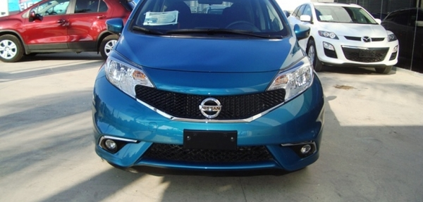 Nissan Note Frente 19