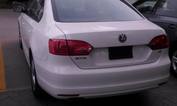 Volkswagen Jetta Llantas 2