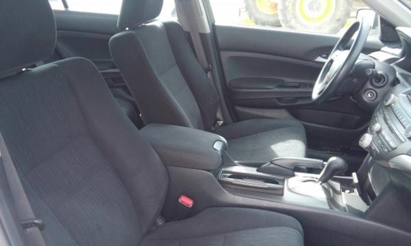 Honda Accord Sedan Frente 6