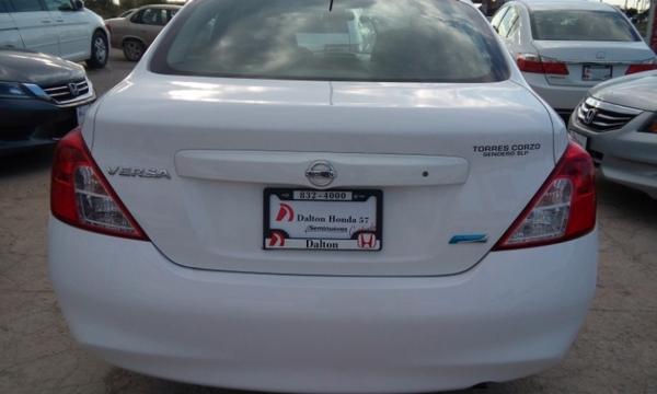 Nissan Versa Tablero 9