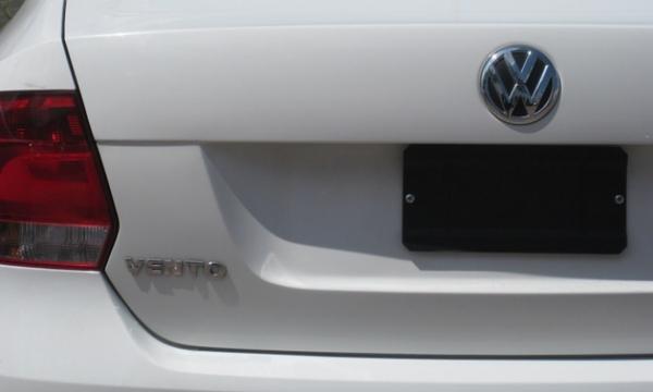 Volkswagen Vento Arriba 8