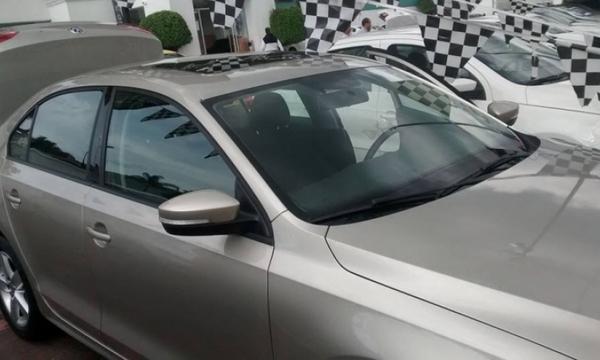 Volkswagen Jetta Atrás 3
