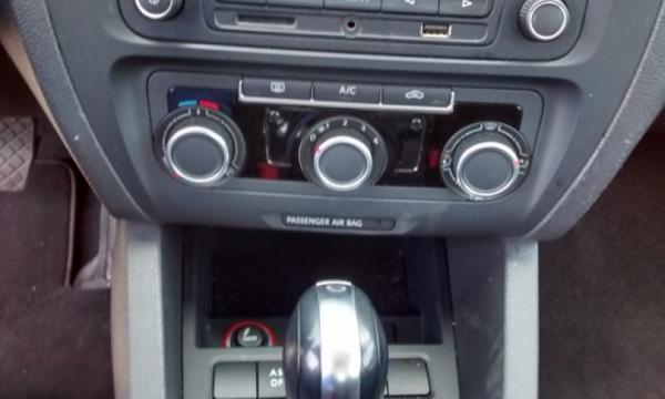 Volkswagen Jetta Tablero 10