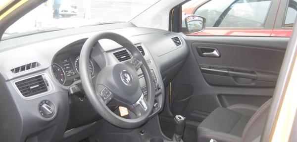 Volkswagen Crossfox Arriba 6