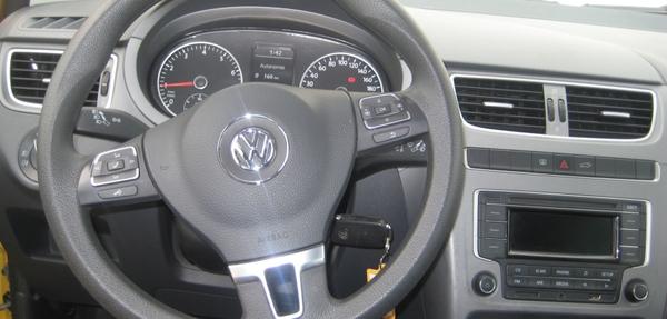 Volkswagen Crossfox Lateral derecho 4