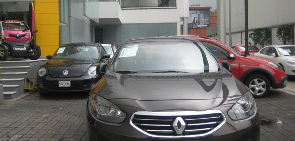 Renault Fluence Expression CVT 2014