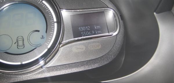 Renault Fluence Atrás 7