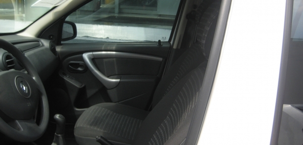 Renault Sandero Interior 3