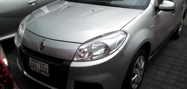Renault Sandero Interior 12