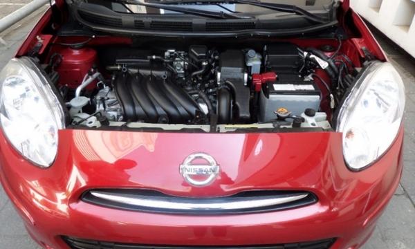Nissan March Tablero 1